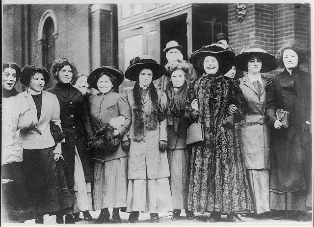 [Group of striking women - shirtwaist workers. NYC. 1909]